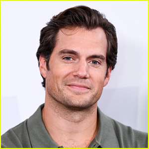 Henry Cavill to Star in 'The Witcher' on Netflix!