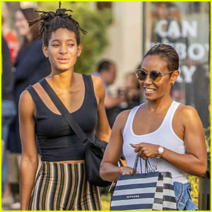 Jada Pinkett Smith & Daughter Willow Smith Go Shopping Together Over Labor Day Weekend!