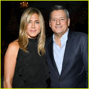 Jennifer Aniston Stops By Netflix's Pre-Emmys Party!
