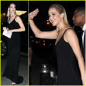 Jennifer Lawrence Attends BFF Emma Stone's Movie Premiere!