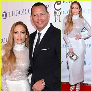 Jennifer Lopez Joins Alex Rodriguez at Sports Legends Dinner