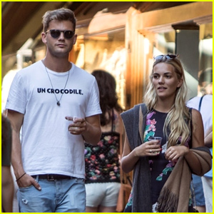 Mamma Mia's Jeremy Irvine Flaunts PDA with Girlfriend Jodie Spencer in Italy
