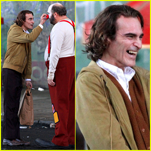 Joaquin Phoenix as the Joker - First Look at Standalone Movie!