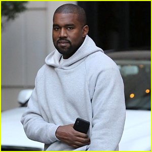 Kanye West Heads to a Business Meeting in Chicago