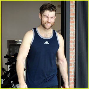 Liam McIntyre Looks Fit Heading Out of Spin Class Over Labor Day Weekend!