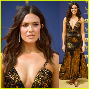 Mandy Moore Looks Stunning on the Red Carpet at Emmy Awards 2018!