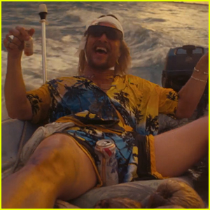 Matthew McConaughey Transforms Into Rebellious Stoner in 'The Beach Bum' Trailer - Watch Now!