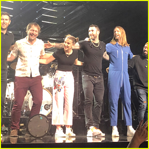 Millie Bobby Brown Performs Cardi B's 'Girls Like You' Verse at Maroon 5 Concert in Nashville – Watch!