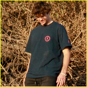 Noah Centineo Enjoys a Barefoot Hiking Challenge With Friends!