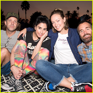 Olivia Wilde & Jason Sudeikis Join Famous Friends for Outdoor Movie Screening!