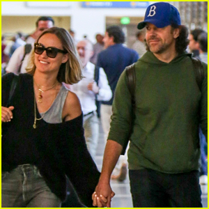 Olivia Wilde & Jason Sudeikis Hold Hands at LAX Airport!