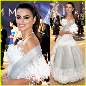 Penelope Cruz Stuns on the Red Carpet at Emmys 2018!