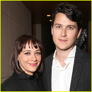 Rashida Jones Welcomes Baby Boy with Boyfriend Ezra Koenig