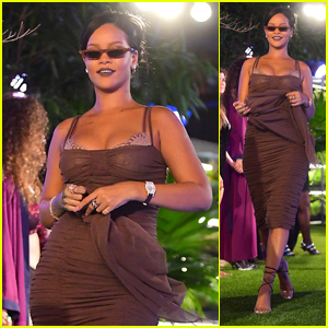 Rihanna Reigns At Her Savage X Fenty Fashion Show During NYFW 2018!