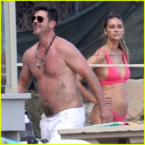 Robin Thicke & Pregnant Girlfriend April Love Geary Play Volleyball at the Beach!