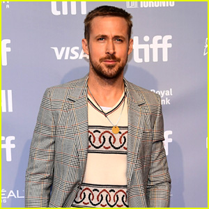 Ryan Gosling Attends 'First Man' Press Conference at Toronto Film Festival!