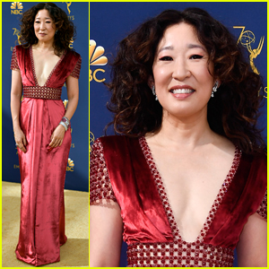 Nominee Sandra Oh Stuns at Emmy Awards 2018
