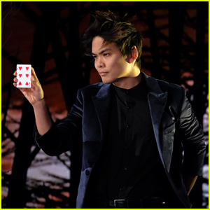 Magician Shin Lim Wows with His Card Trick on 'America's Got Talent' Finals (Video)