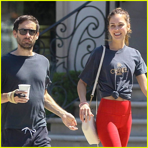 Tobey Maguire Grabs Lunch with Girlfriend Tatiana Dieteman!