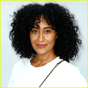 Tracee Ellis Ross Returns to Host American Music Awards 2018