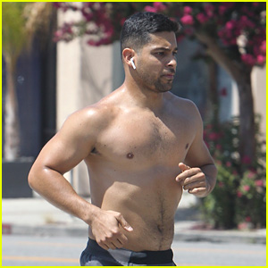 Wilmer Valderrama Bares Muscular Body on a Shirtless Run!
