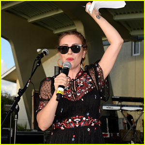 Alyssa Milano Speaks at Actions For Change Food & Music Festival in Parkland