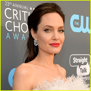 Angelina Jolie Looks Nearly Unrecognizable as a Blonde for New Film