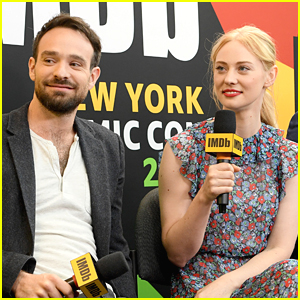 Charlie Cox Joins 'Daredevil' Cast Mates at NY Comic-Con 2018!