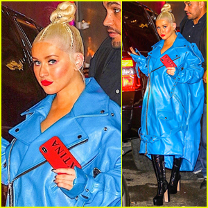 Christina Aguilera Steps Out in Style Ahead of Concert in NYC!