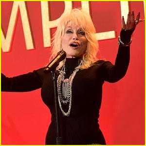 Dolly Parton Launches Her Oscar Campaign for 'Dumplin' Song