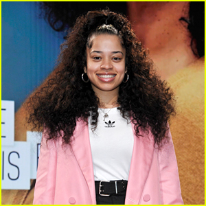 Ella Mai to Perform at American Music Awards 2018!