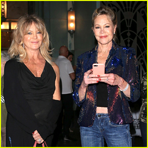 Goldie Hawn & Melanie Griffith Check Out a Concert Together!