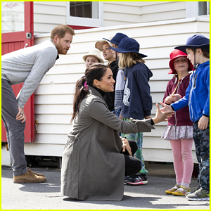 Prince Harry & Meghan Markle Visit With Young People to Discuss Mental Health Support in New Zealand!