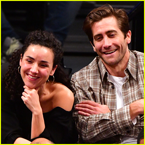 Jake Gyllenhaal Watches the Brooklyn Nets Game with Greta Caruso