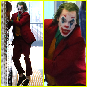 Joaquin Phoenix Films 'Joker' Movie with Lots of Clowns on the Subway