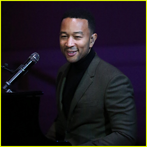 John Legend Announces Christmas Album & Tour - Dates & Cities!