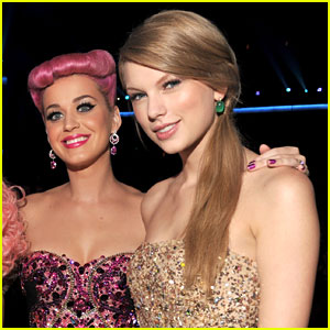 Katy Perry Praises Taylor Swift for Political Instagram Posts
