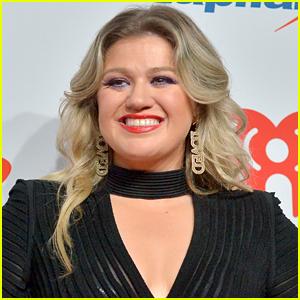 Kelly Clarkson Joins 'Trolls 2' Cast, Will Sing an Original Song!