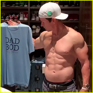 Mark Wahlberg Has a Dad Bod Shirt, But Certainly No Dad Bod!