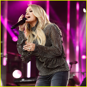 Pregnant Carrie Underwood Performs on 'Jimmy Kimmel Live'!