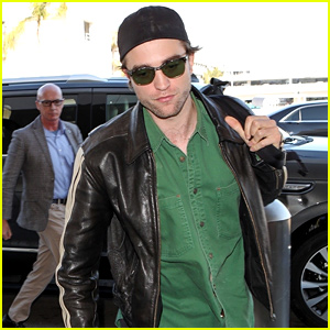 Robert Pattinson Heads Into LAX Airport to Fly Out of Town