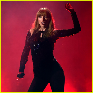 Taylor Swift Opens AMAs 2018 with 'I Did Something Bad' (Video)