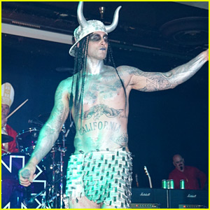 Adam Levine Goes Shirtless While Performing at His Halloween Party!