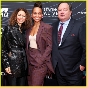 Alicia Keys Supports Fight Against HIV at MTV Staying Alive Foundation Gala!