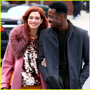 Anne Hathaway & Gary Carr Film Romantic Scene for 'Modern Love' in Brooklyn!