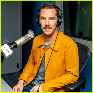 Benedict Cumberbatch Lands in New York for 'Grinch' Press
