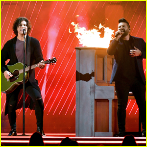 Dan + Shay Perform 'Tequila' at CMA Awards 2018 - Watch Now!