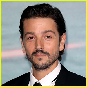 Diego Luna to Star in 'Star Wars' Live-Action Series for Disney+
