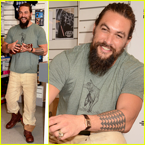 Jason Momoa Reveals Challenges Of His 'Aquaman' Costume!