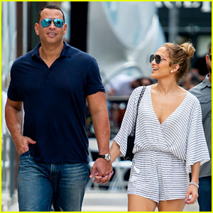 Jennifer Lopez & Alex Rodriguez Look So Happy While Jewelry Shopping!